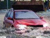 Raça Sob Inundações